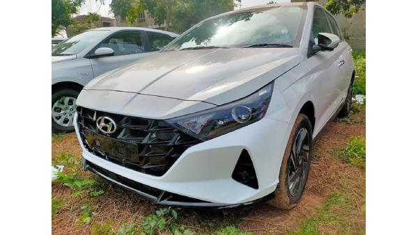 New-Hyundai-i20-front-grille