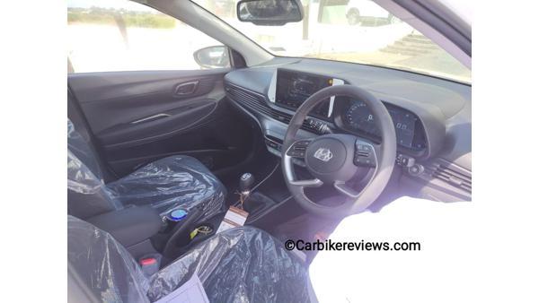 new-hyundai-i20-interior