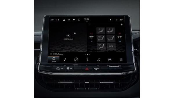 Jeep-Compass-infotainment