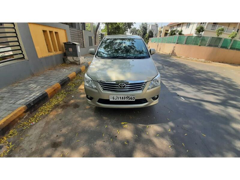 Used 2013 Toyota Innova Car In Ahmedabad