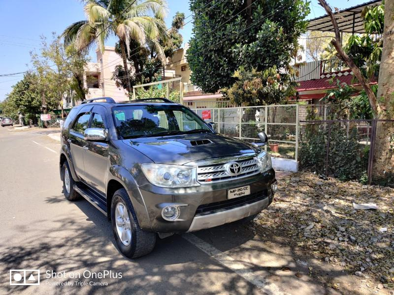 Used 2009 Toyota Fortuner Car In Bhopal