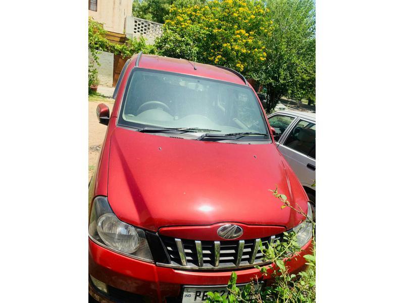Used 2013 Mahindra Quanto Car In Zirakpur