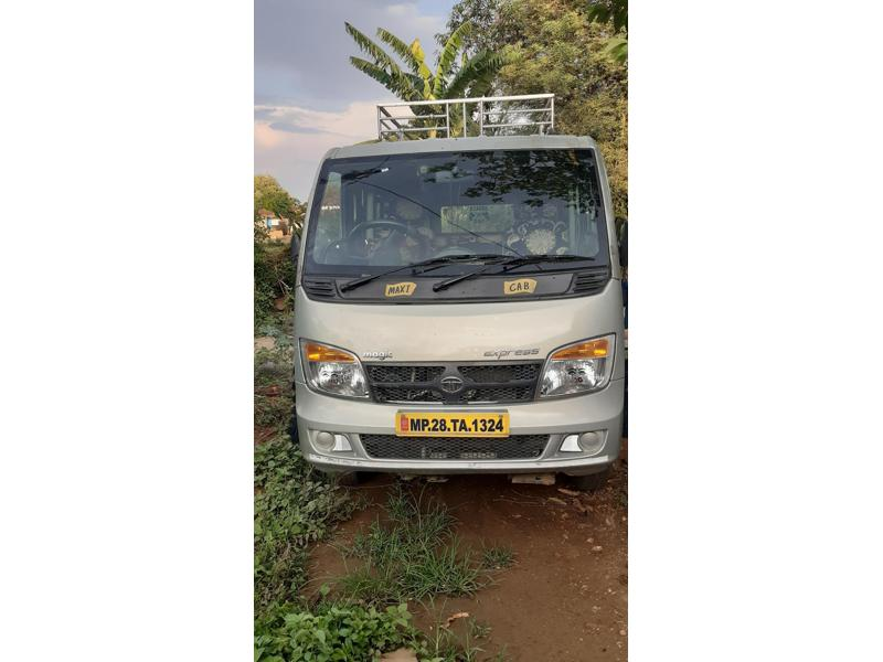 Used 2018 Tata TL Car In Chhindwara