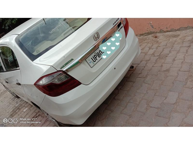 Used 2017 Honda Amaze Car In Agra