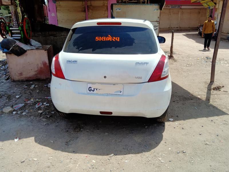 Used 2013 Maruti Suzuki Swift Car In Gandhidham