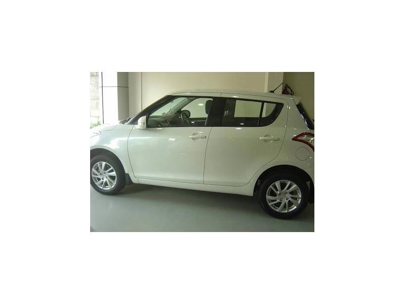 Used 2011 Maruti Suzuki Swift Car In New Delhi