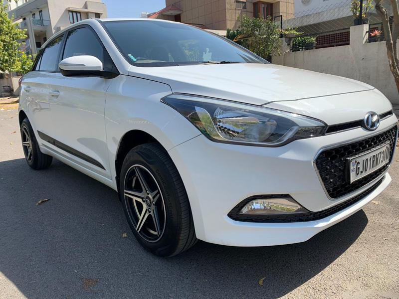 Used 2017 Hyundai Elite i20 Car In Ahmedabad