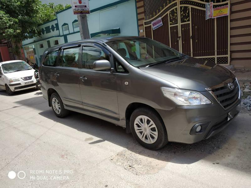 Used 2014 Toyota Innova Car In Hyderabad