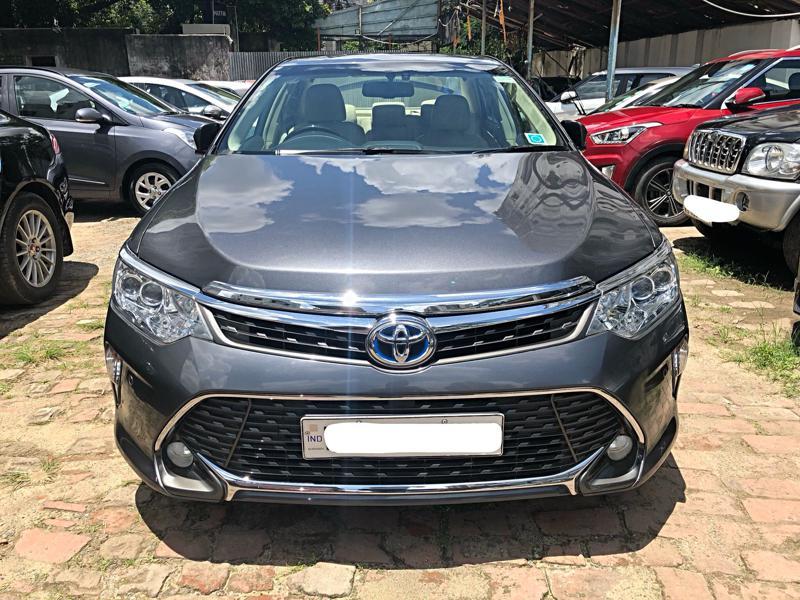 Used 2016 Toyota Camry Car In Kolkata