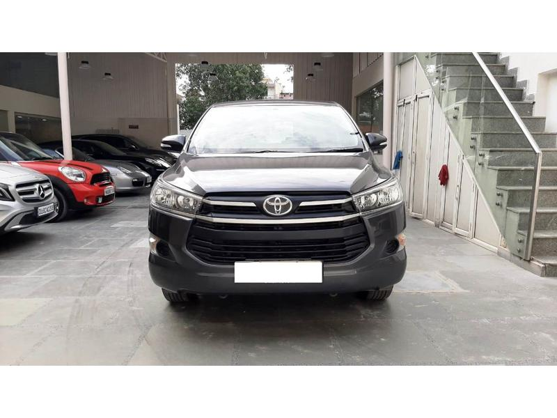 Used 2017 Toyota Innova Crysta Car In Noida