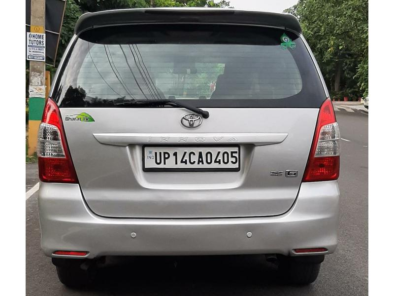 Used 2013 Toyota Innova Car In Ghaziabad