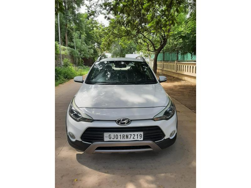 Used 2016 Hyundai i20 Active Car In Ahmedabad
