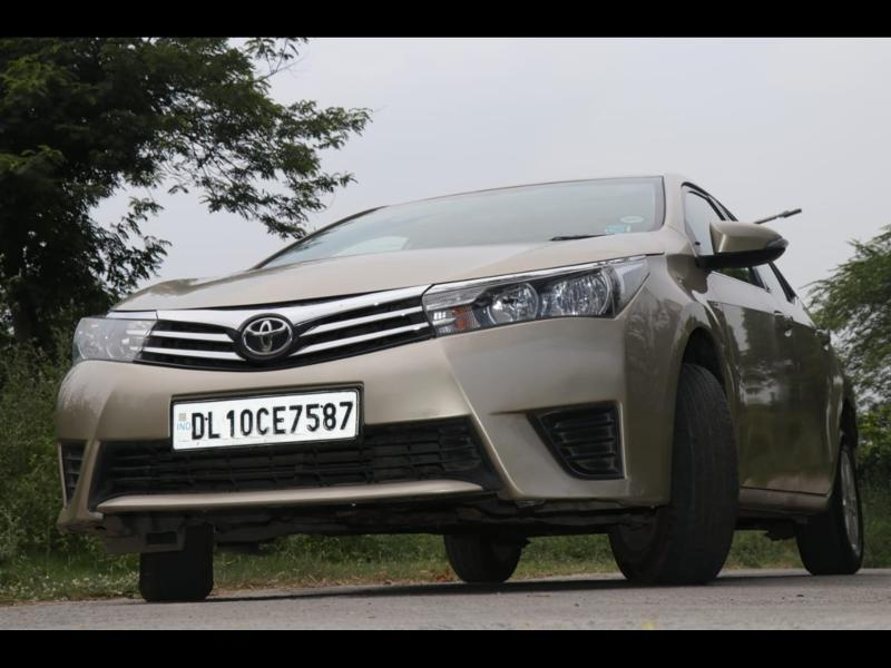Used 2014 Toyota Corolla Altis Car In Noida