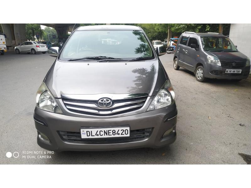 Used 2011 Toyota Innova Car In New Delhi