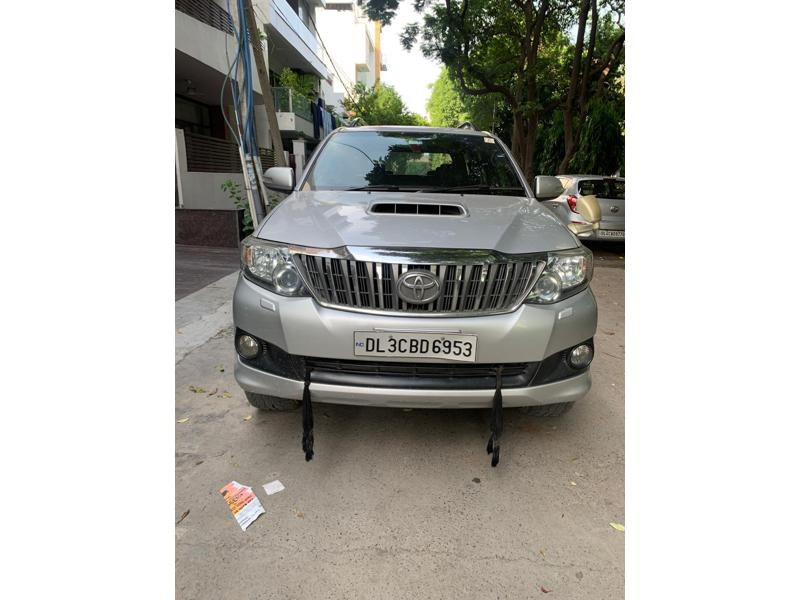 Used 2013 Toyota Fortuner Car In New Delhi