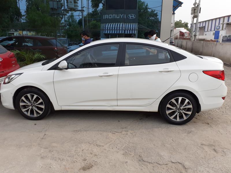 Used 2014 Hyundai Verna Car In Greater Noida