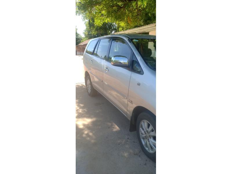 Used 2010 Toyota Innova Car In Tirunelveli