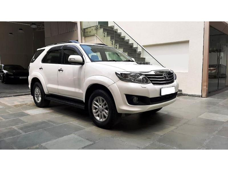 Used 2012 Toyota Fortuner Car In New Delhi