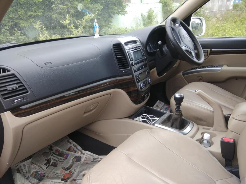 Used 2011 Hyundai Santa Fe Car In Wardha