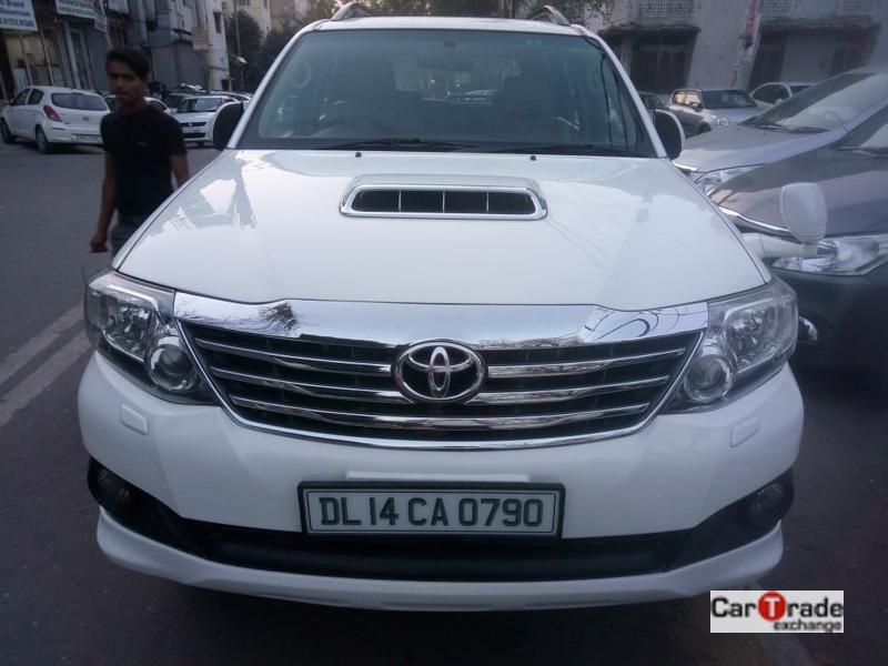 Used 2014 Toyota Fortuner Car In Noida