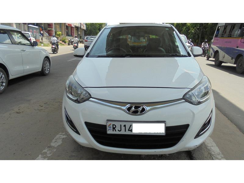 Used 2014 Hyundai i20 Car In Alwar