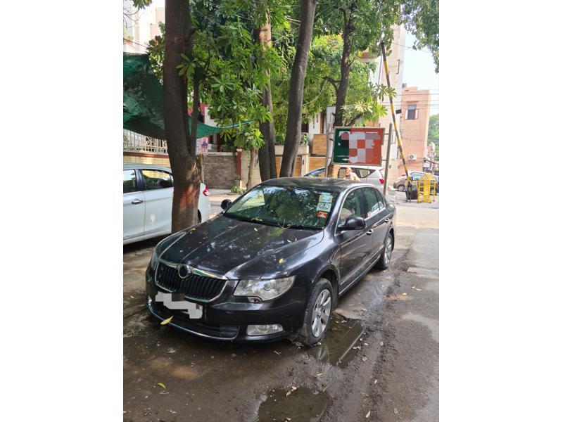 Used 2011 Skoda Superb Car In New Delhi