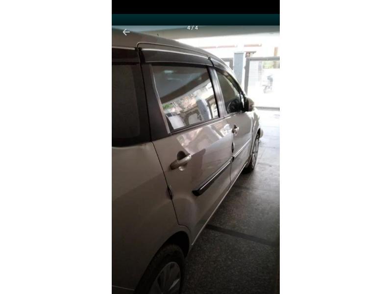 Used 2017 Maruti Suzuki Ertiga Car In New Delhi