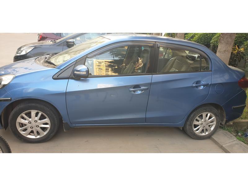 Used 2013 Honda Amaze Car In Lucknow