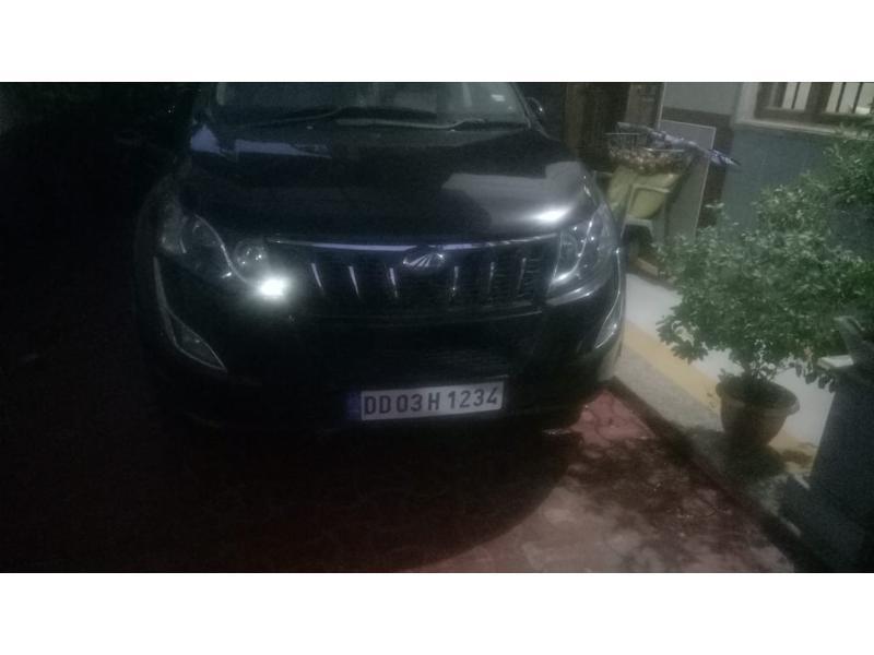 Used 2013 Mahindra XUV500 Car In Daman