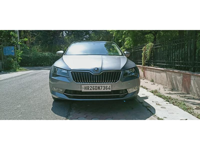 Used 2018 Skoda Superb Car In New Delhi