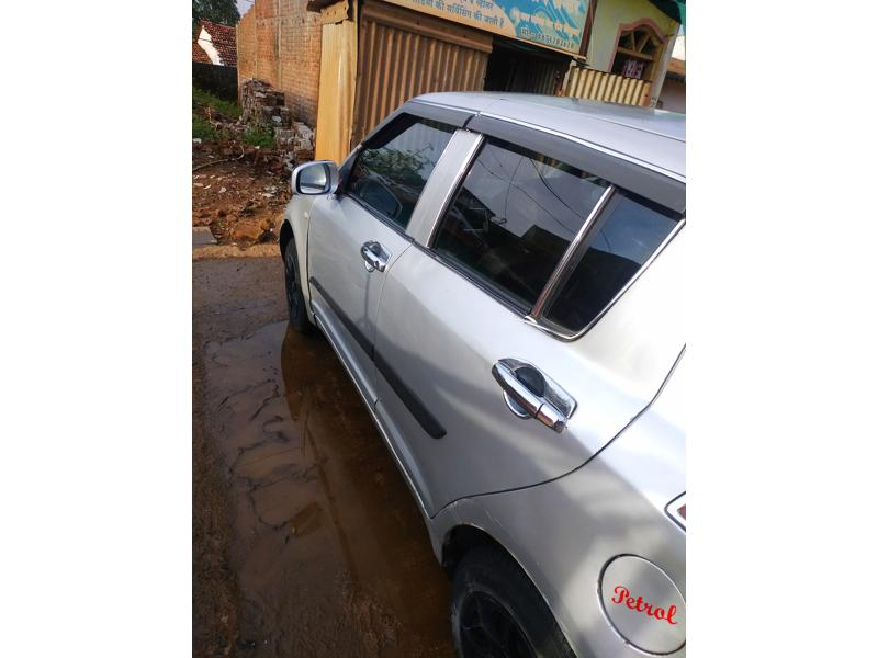 Used 2005 Maruti Suzuki Swift Old Car In Chhindwara