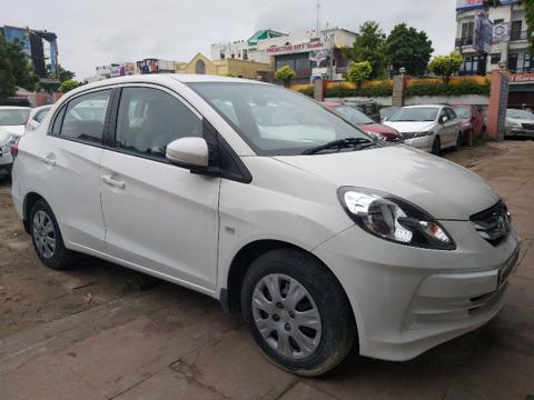 Honda Amaze S MT Petrol (2015) in Lucknow