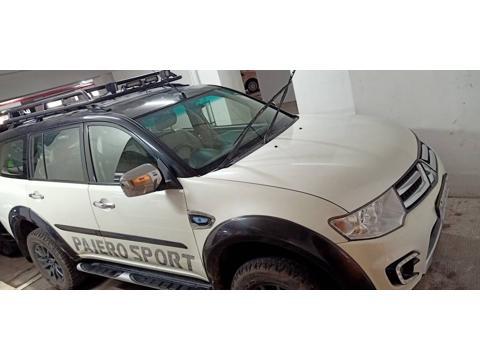 Mitsubishi Pajero Sport 2.5 MT 4X4 (2013) in Thane