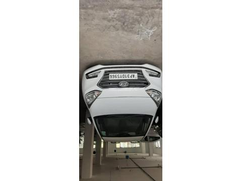 Hyundai Xcent 2nd Gen 1.1 U2 CRDi 5-Speed Manual SX (O) (2017) in Visakhapatnam