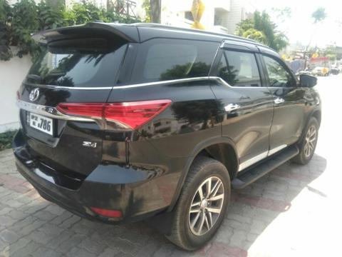 Toyota Fortuner 2.8 4x4 MT (2016) in Lucknow