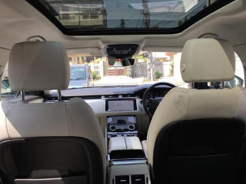 Land Rover Range Rover Velar 2.0 SE Diesel 180 (2018) in New Delhi