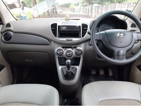 Hyundai i10 Magna iRDE2 (2011) in Shirdi