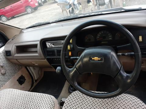 Chevrolet Tavera NY B2 10 Seater BS II (2009) in Raisen