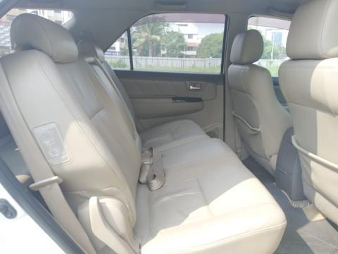 Toyota Fortuner 3.0 4X2 MT (2012) in Shirdi