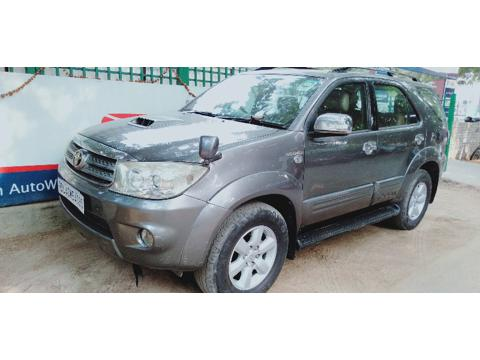 Toyota Fortuner 3.0 MT (2009) in Gurgaon