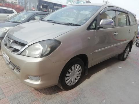 Toyota Innova 2.5 G4 7 STR (2008) in Hyderabad