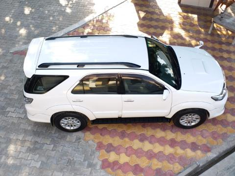 Toyota Fortuner 4x2 MT TRD Sportivo (2012) in Agra