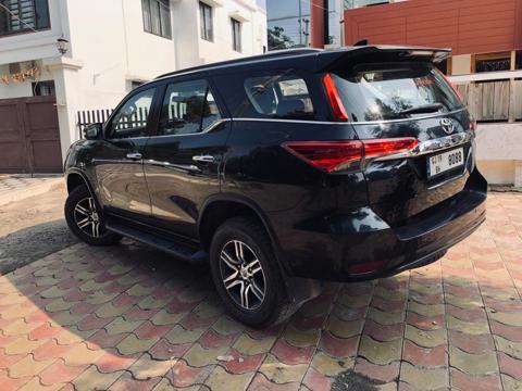 Toyota Fortuner 2.8 4x2 AT (2017) in Gandhidham