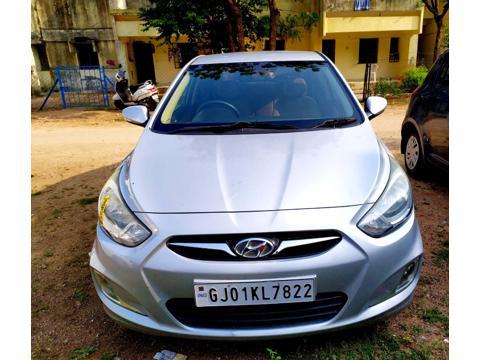 Hyundai Verna Fluidic 1.6 CRDI (2011) in Gandhinagar