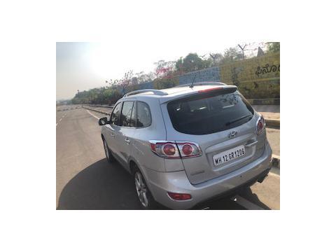 Hyundai Santa Fe 2 WD (2011) in Pimpri-Chinchwad