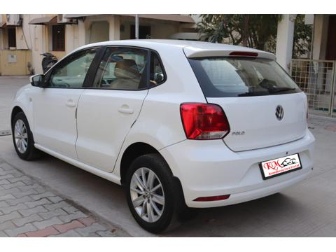 Volkswagen Polo Highline1.2L (P) (2016) in Ahmedabad