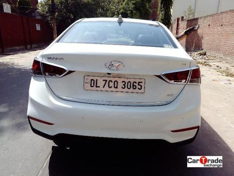 Hyundai Verna Fluidic 1.6 VTVT SX Opt (2018) in New Delhi