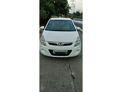 Hyundai i20 Sportz Petrol (2010) in Ujjain