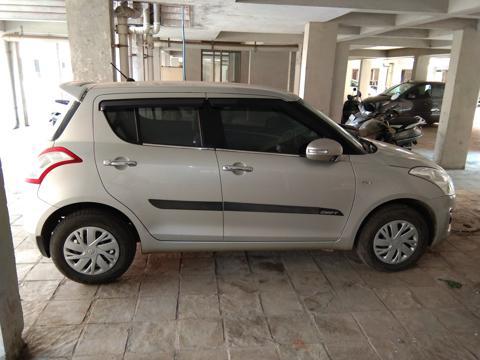 Maruti Suzuki Swift VXi (2017) in Gandhinagar