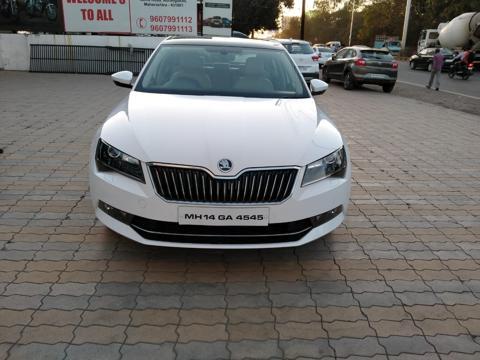 Skoda Superb L&K TDI AT (2016) in Aurangabad